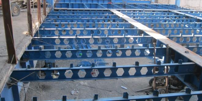 اجرای ساخت ادامه سقف طبقه همکف(ضلع شمال)